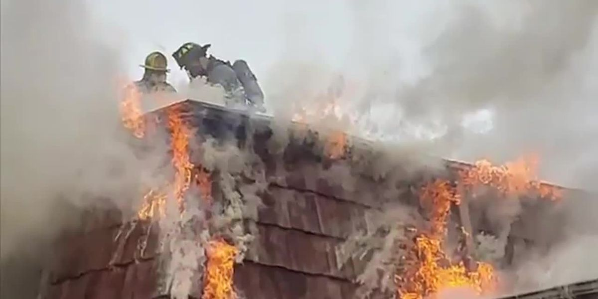 Firefighters respond to reported two-alarm fire in Conway area