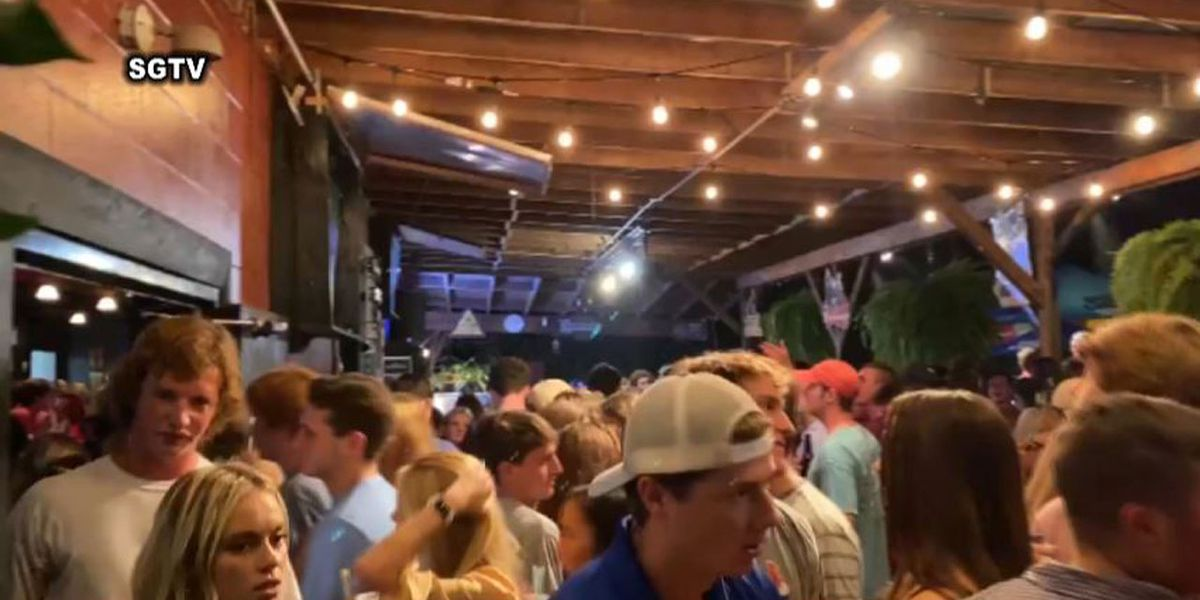 Students, residents react after video of large, maskless crowd at Columbia bar goes viral