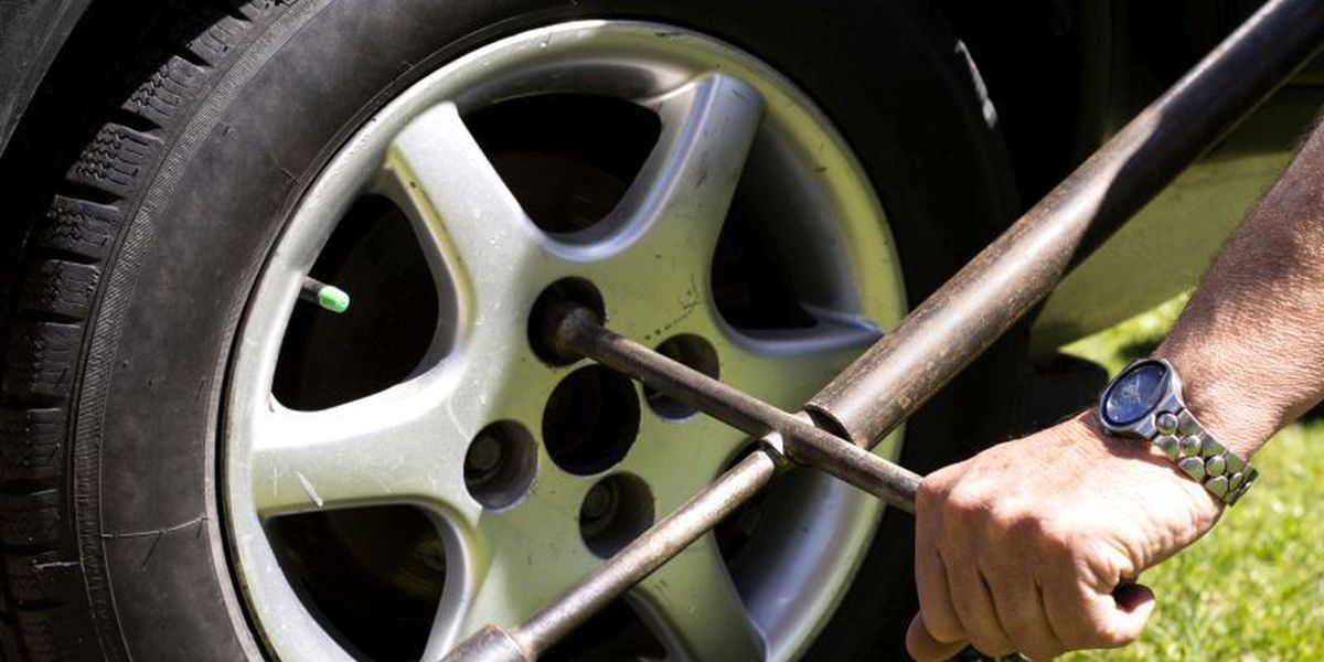 C&G Auto Experts Explain How to Change a Tire