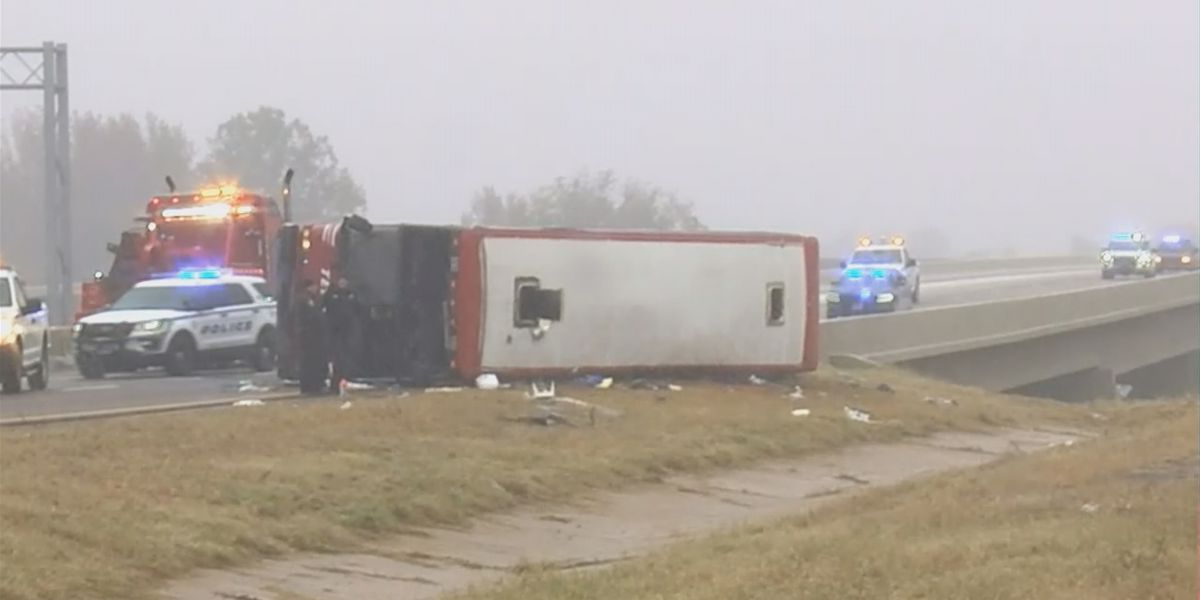 2 dead, 44 injured after bus traveling from Huntsville crashes in Mississippi