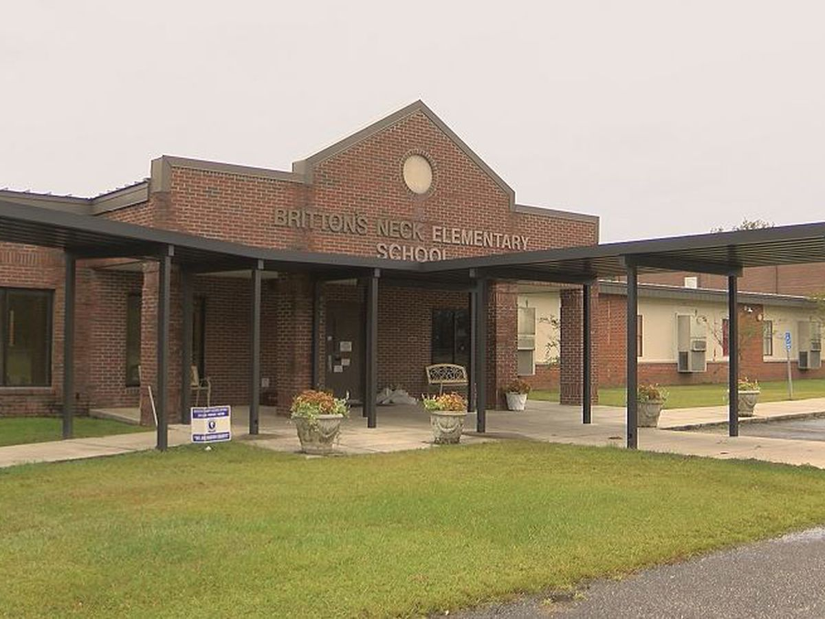 Parents frustrated over Marion school still closed after Hurricane Florence