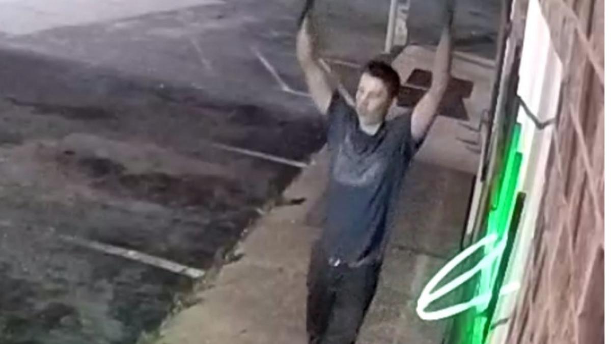 Deputies search for burglary suspect captured on video surveillance