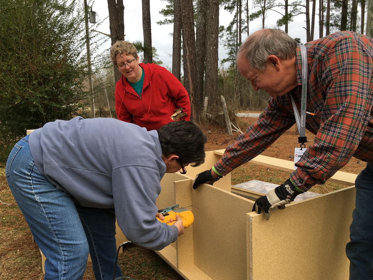 Organization uses Day of Service to repair hurricane-damaged Pee Dee homes