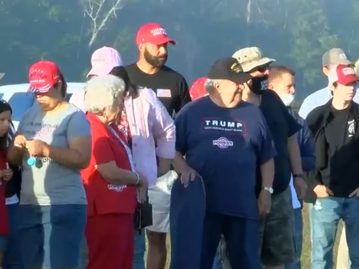 'I was so excited': Large crowd comes out for Trump campaign stop in Lumberton