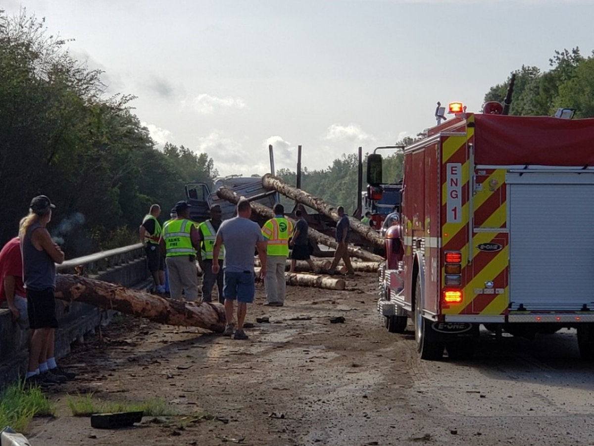 Southbound U.S. 501 near Galivants Ferry blocked after log truck loses its load