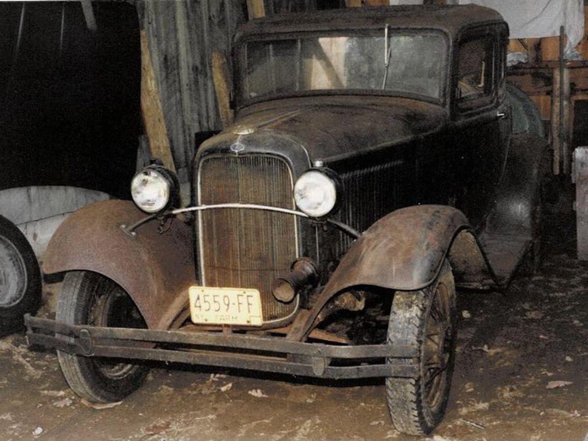 Horry County police search for stolen 1932 Ford Coupe