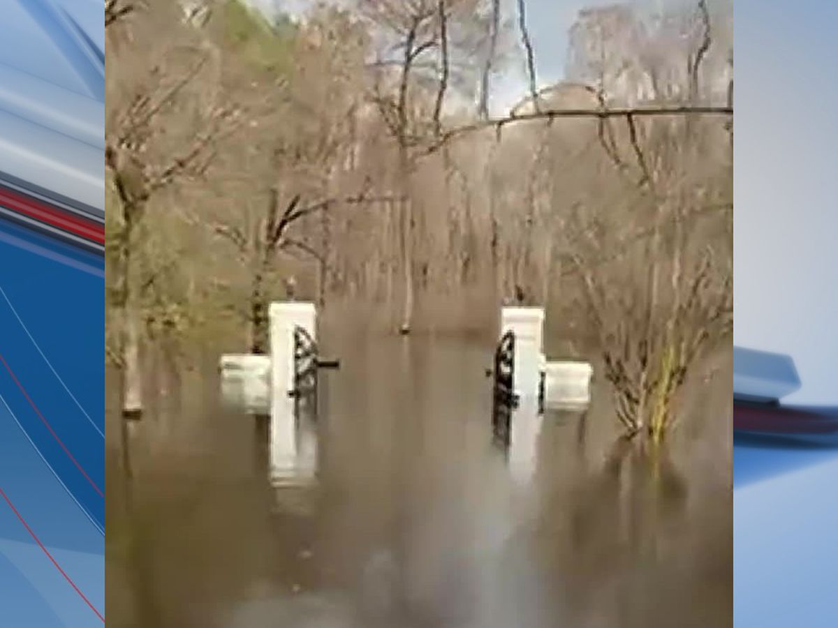 'Stay out of floodwaters': Horry police conducting water patrols as flooding continues