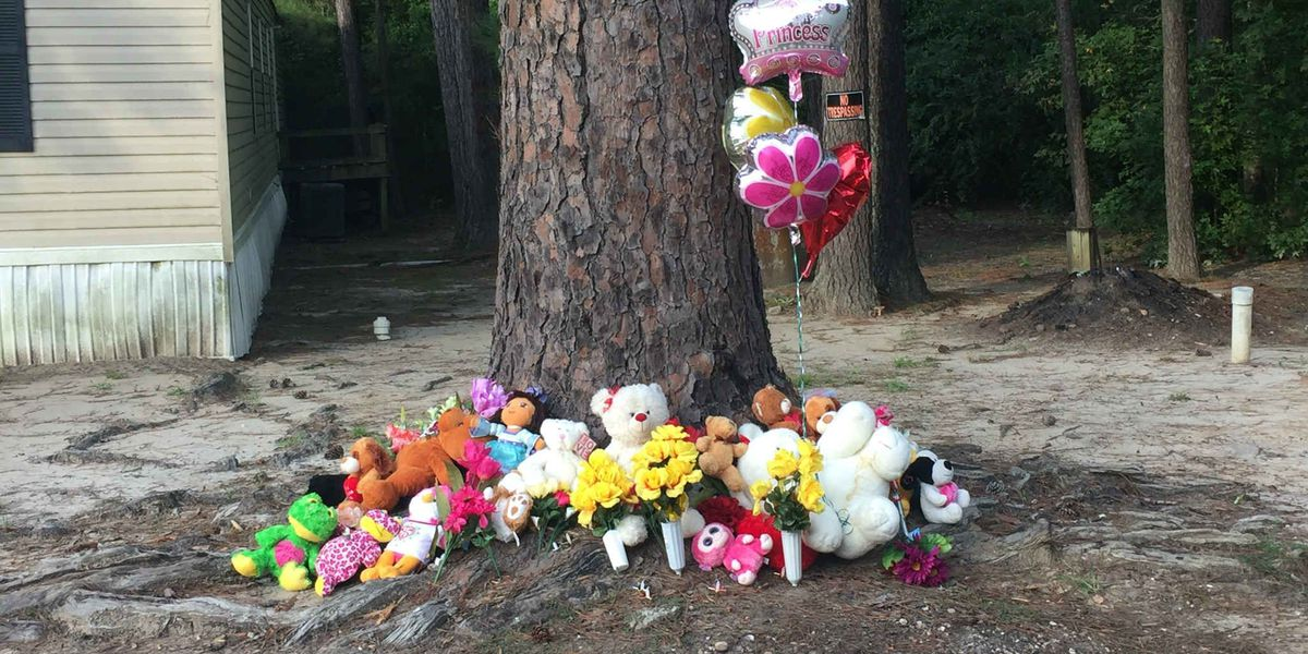 Report: Man shoots girlfriend, two children; kills himself