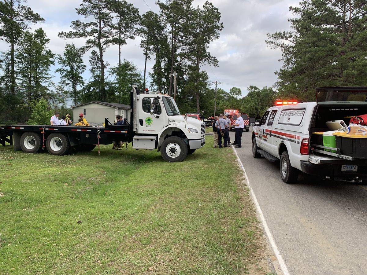 HCFR, SC Forestry Commission work together to get 10-acre brush fire under control