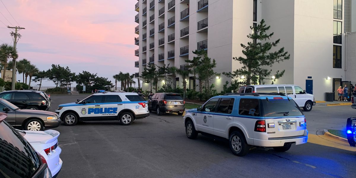 Police investigating after reports of person falling from balcony on Ocean Boulevard