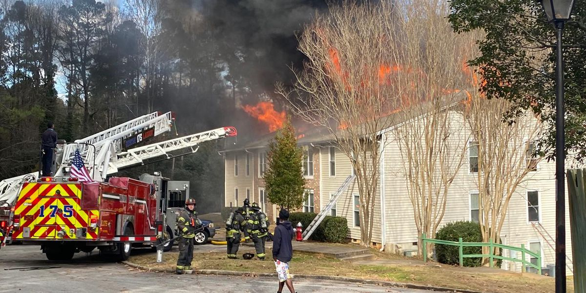 Mother, children forced to jump from 3rd-floor window during Irmo apartment fire