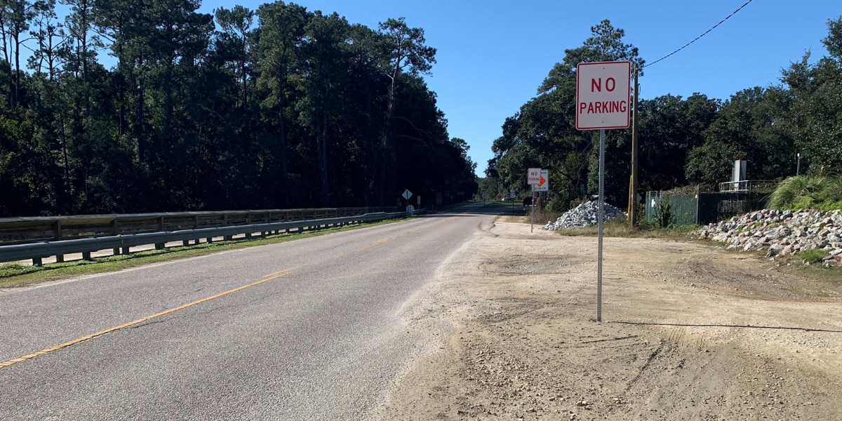 SCDOT places 'No Parking' signs at popular Murrells Inlet trail lot; working to modify parking area