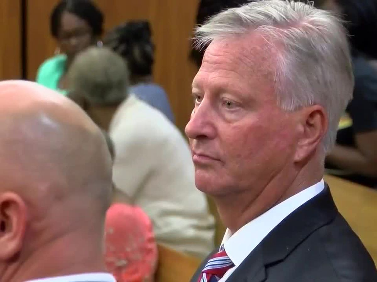 Grand jury indicts suspended Florence County sheriff on new charges