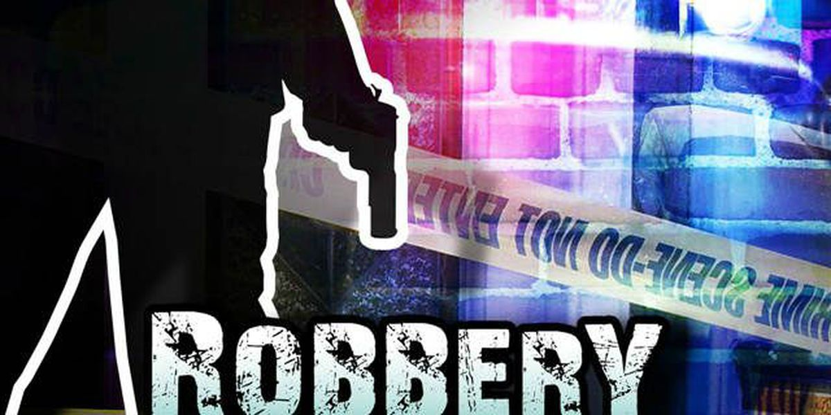 MBPD: Report states man robbed worker of phone and cash