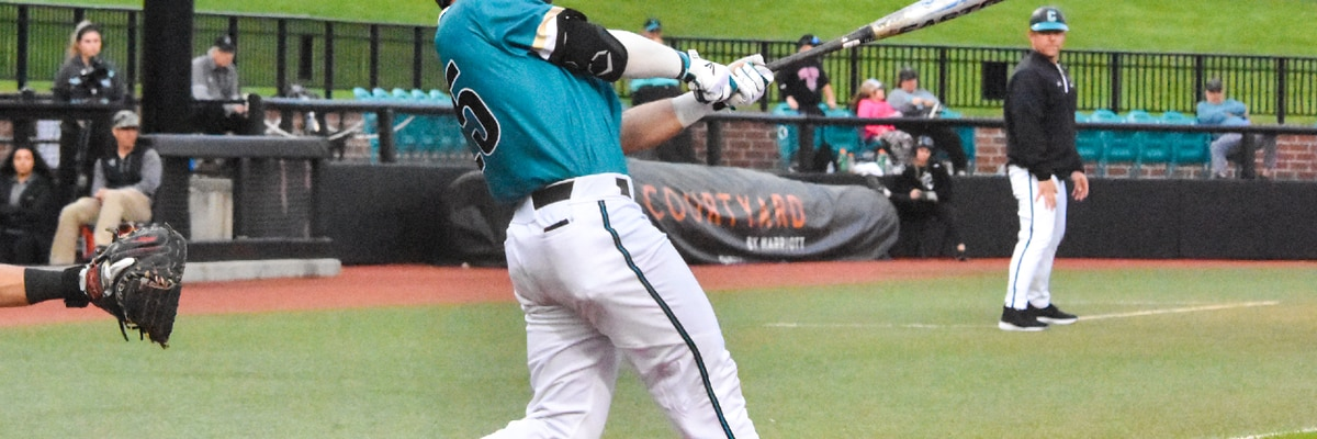 Bats and bullpen lead Chants to 8-2 win at UNCW