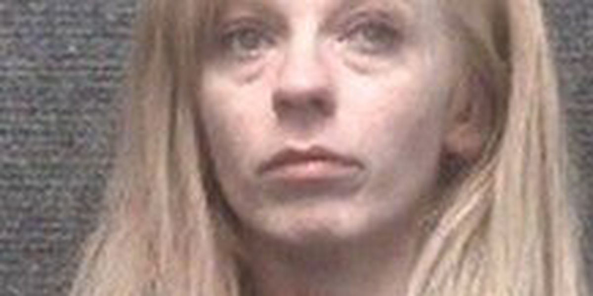Police: Woman arrested for stealing packages from porch of Myrtle Beach home