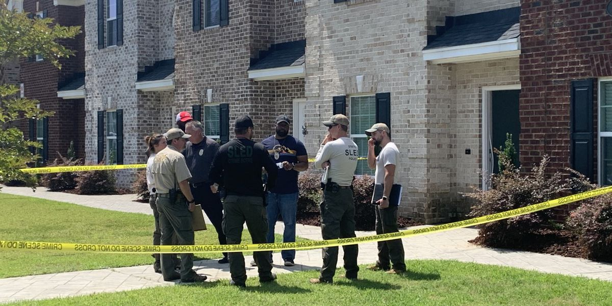 2 suspects facing charges, 1 officer on leave in connection to Florence officer-involved shooting