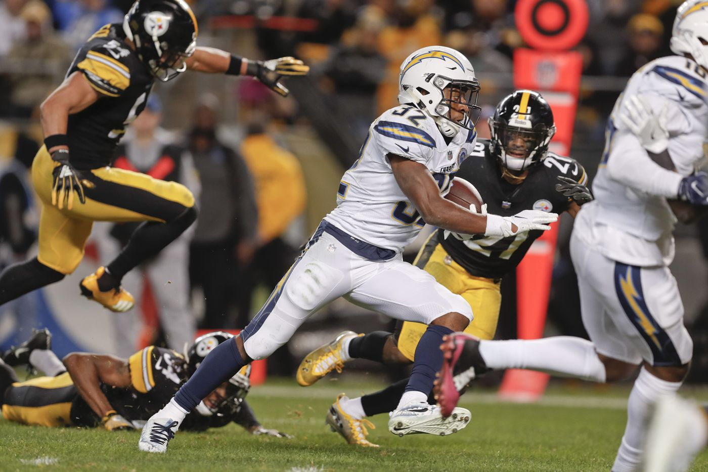 Rivers Rallies Chargers Past Steelers 33 30