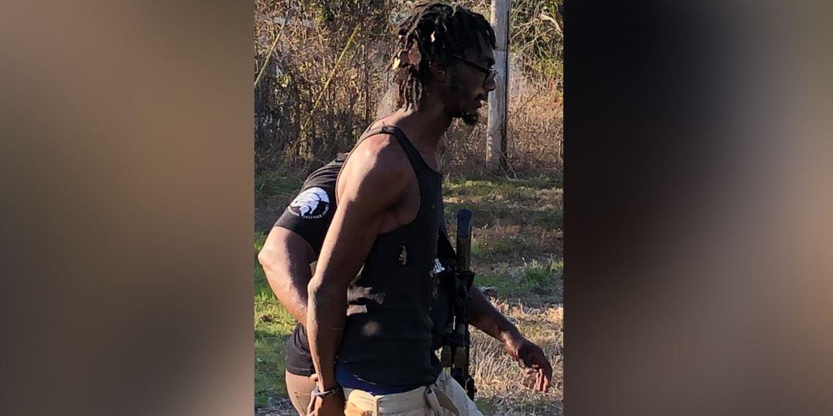 Man faces drug, child endangerment charges after brief manhunt