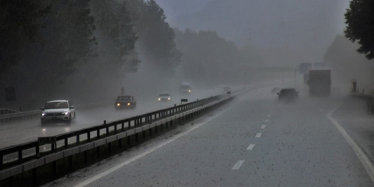 SCDOT urges caution as heavy rain expects to hit during holiday travel