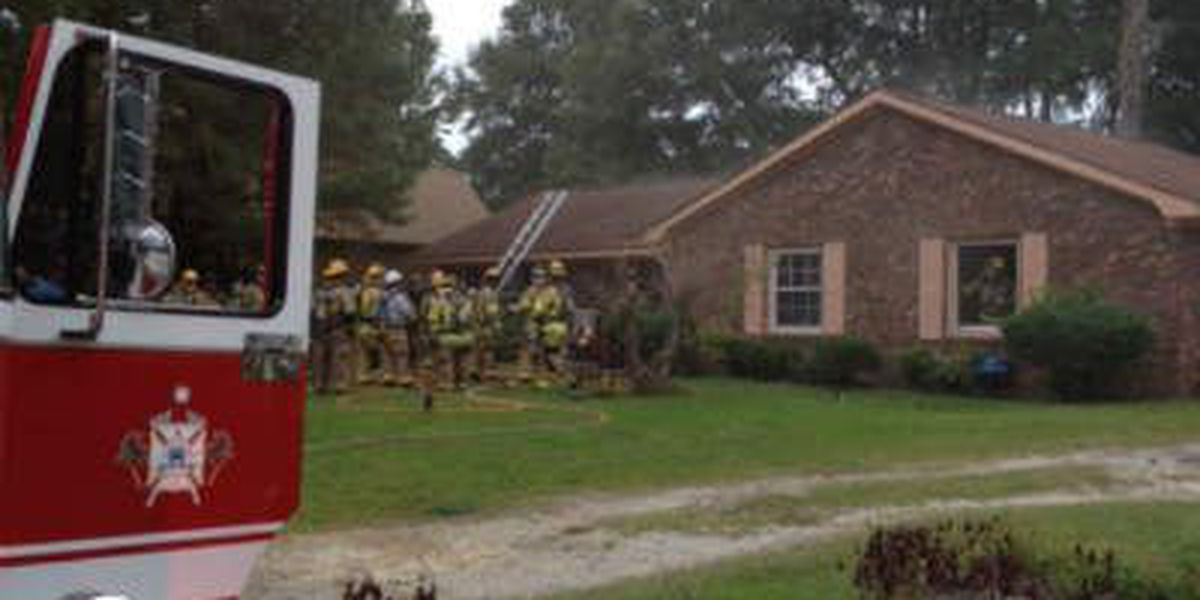 Bedroom fire in Horry County displaces five