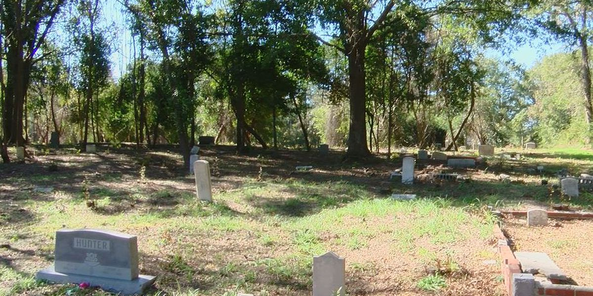 'This is a place of honor. It's a place of heritage' community continues efforts to restore historic cemetery