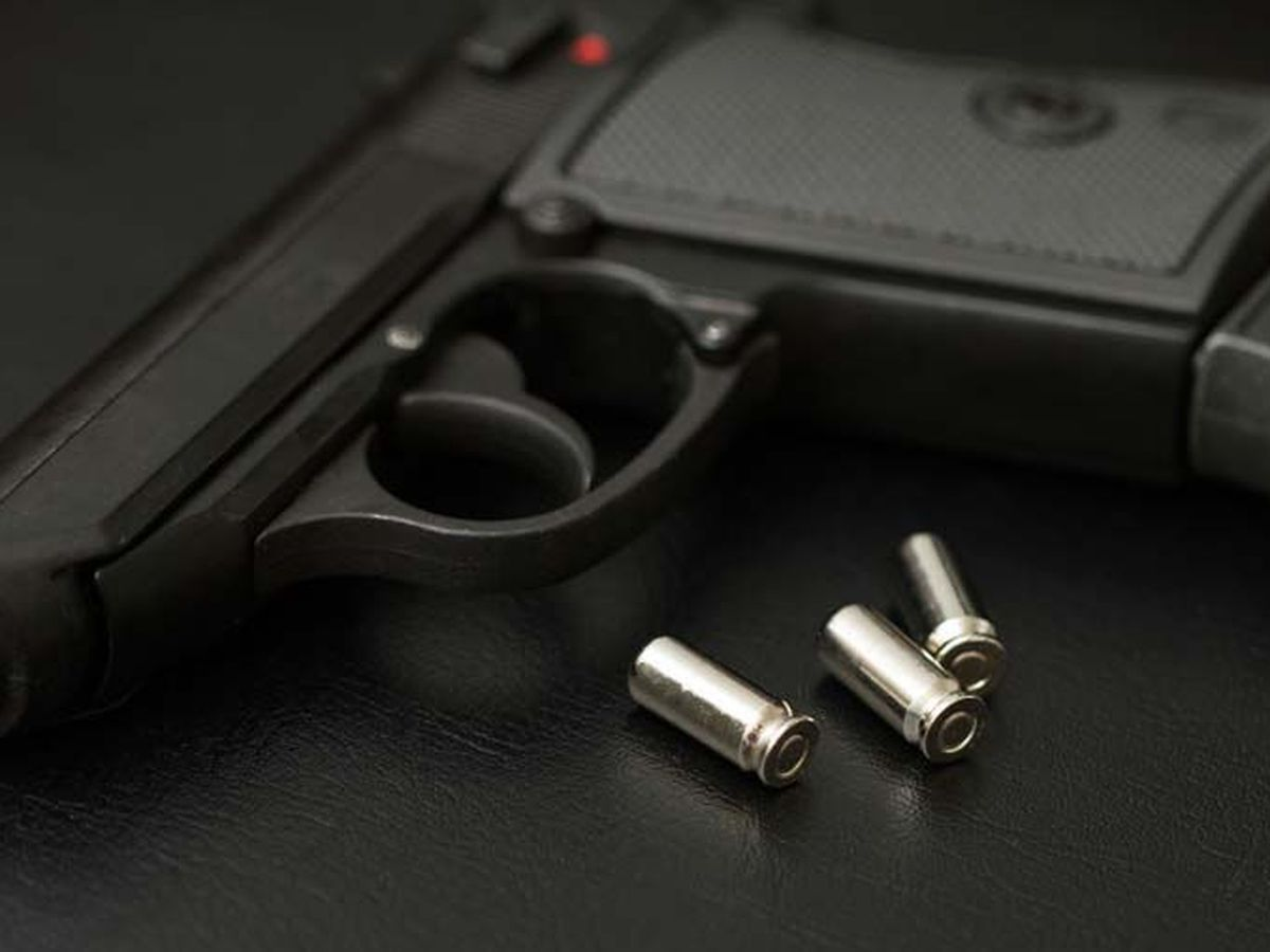 Man in serious condition after shooting in Laurinburg