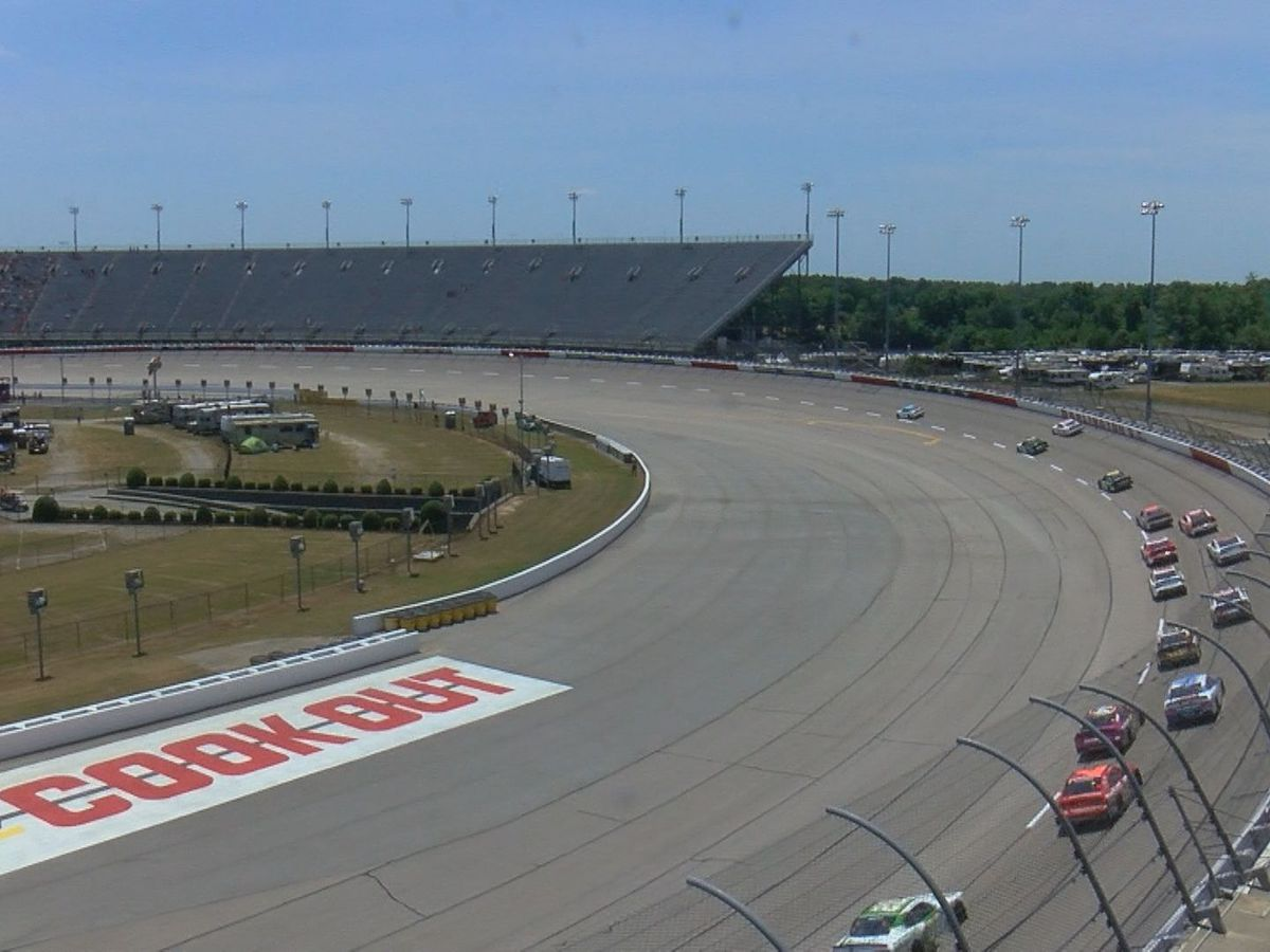 'You've got to have a live crowd:' Fans excited about return to Darlington Raceway