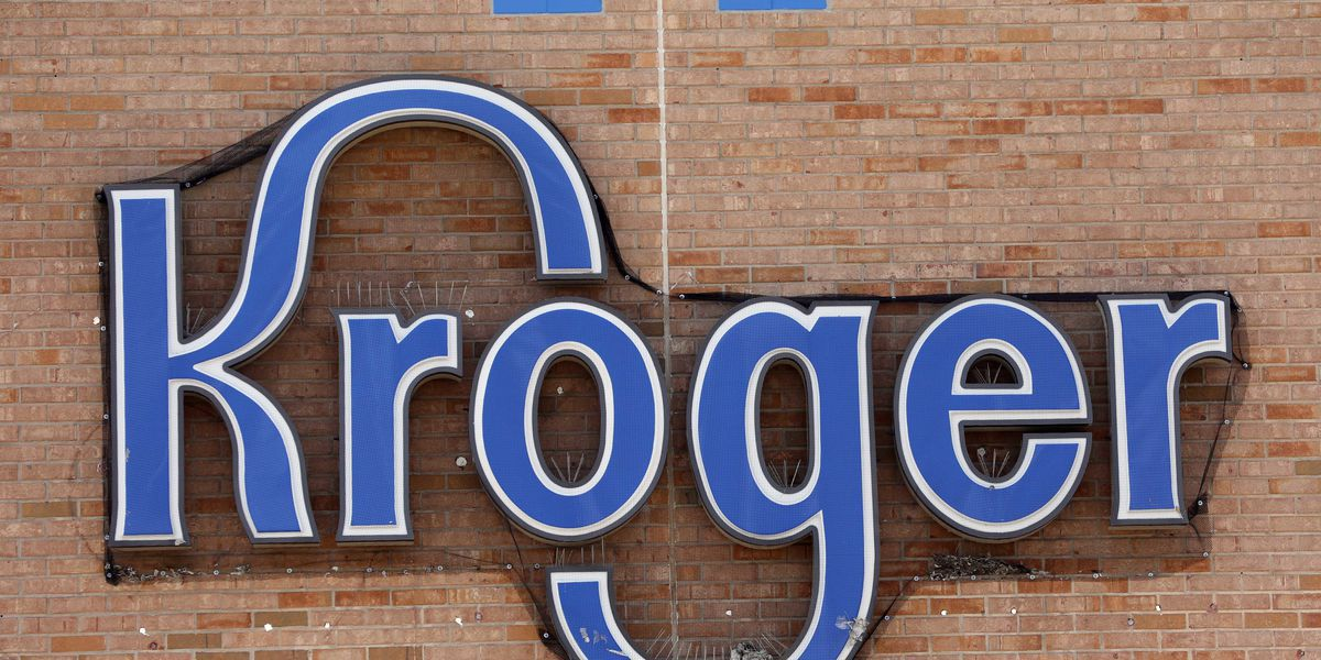 Kroger offers fall discount for parents, teachers