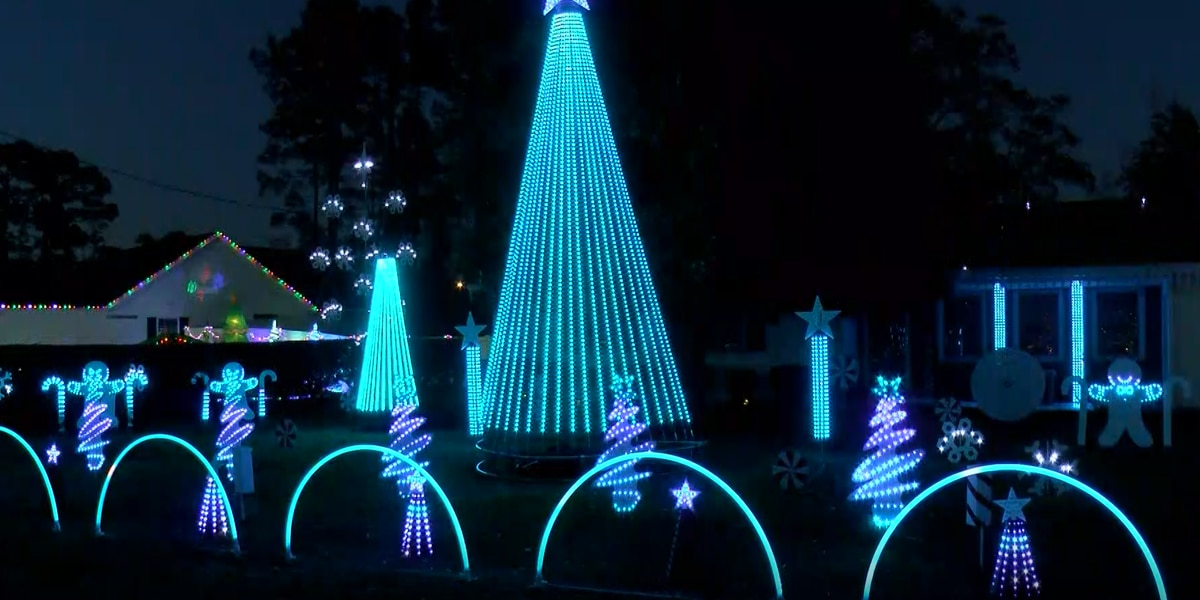 'Dancing Lights on Luttie' in Socastee features 20,000 holiday lights synchronized to music