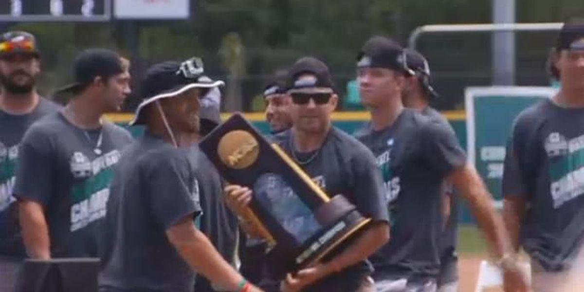 College World Series-winning Chanticleers get welcome home motorcade