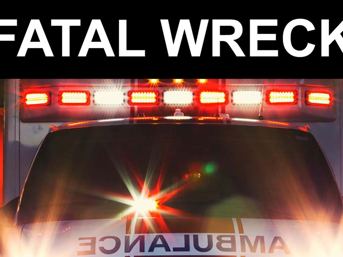 One person dead after car wreck in Dillon County