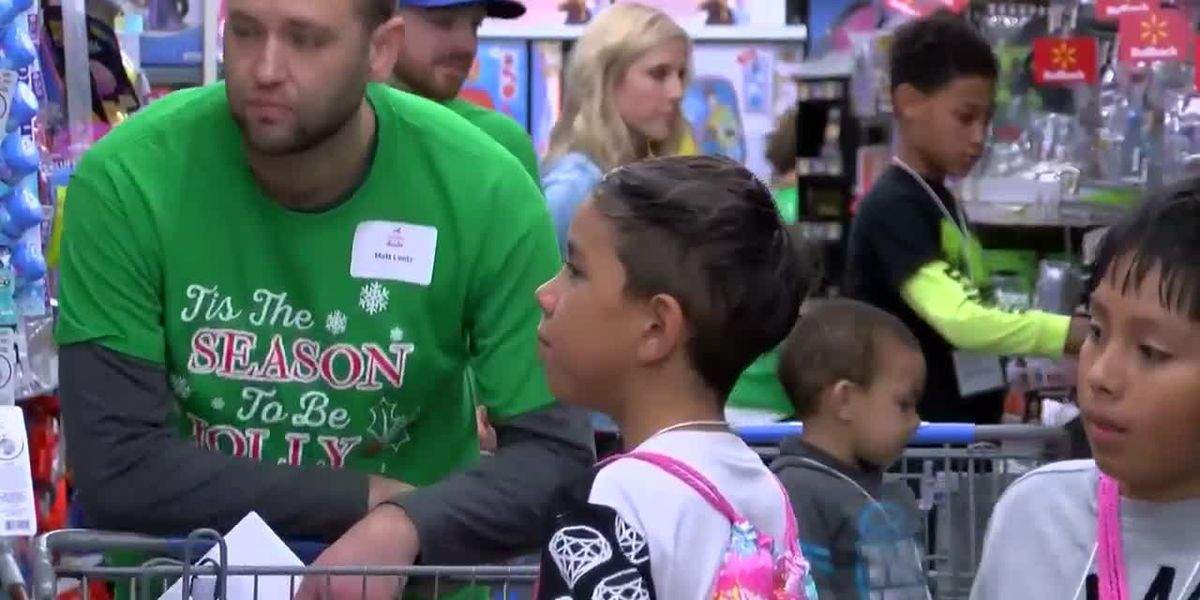 Grand Strand Young Professionals help make holidays merry for 120 kids in need