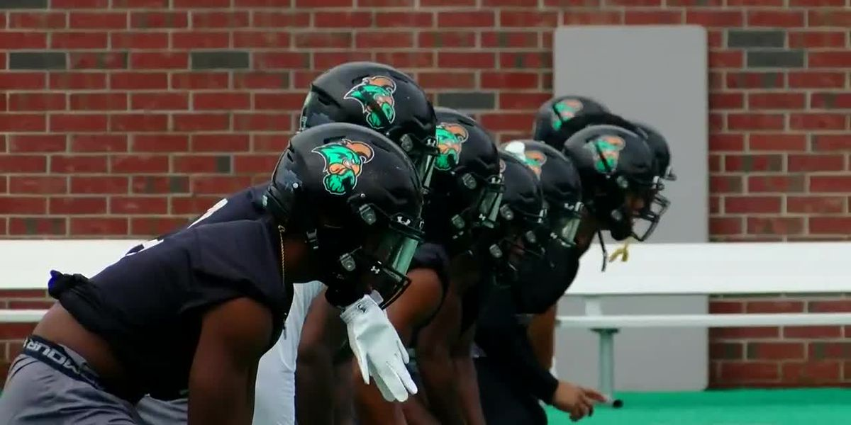 CCU football focusing on consistency during early spring practice period