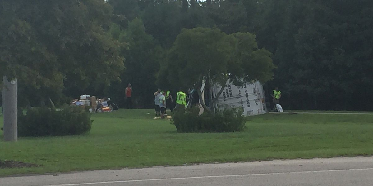 Overturned box truck slowing traffic on US 17