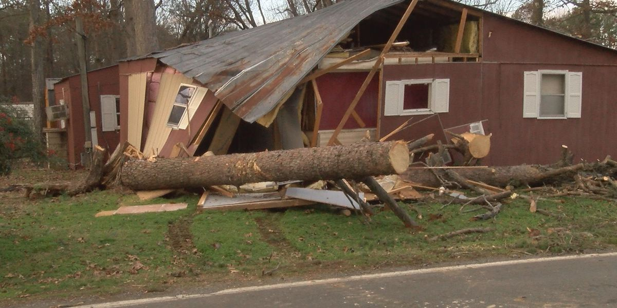 Saturday's storm leaves Rowan County family without a home