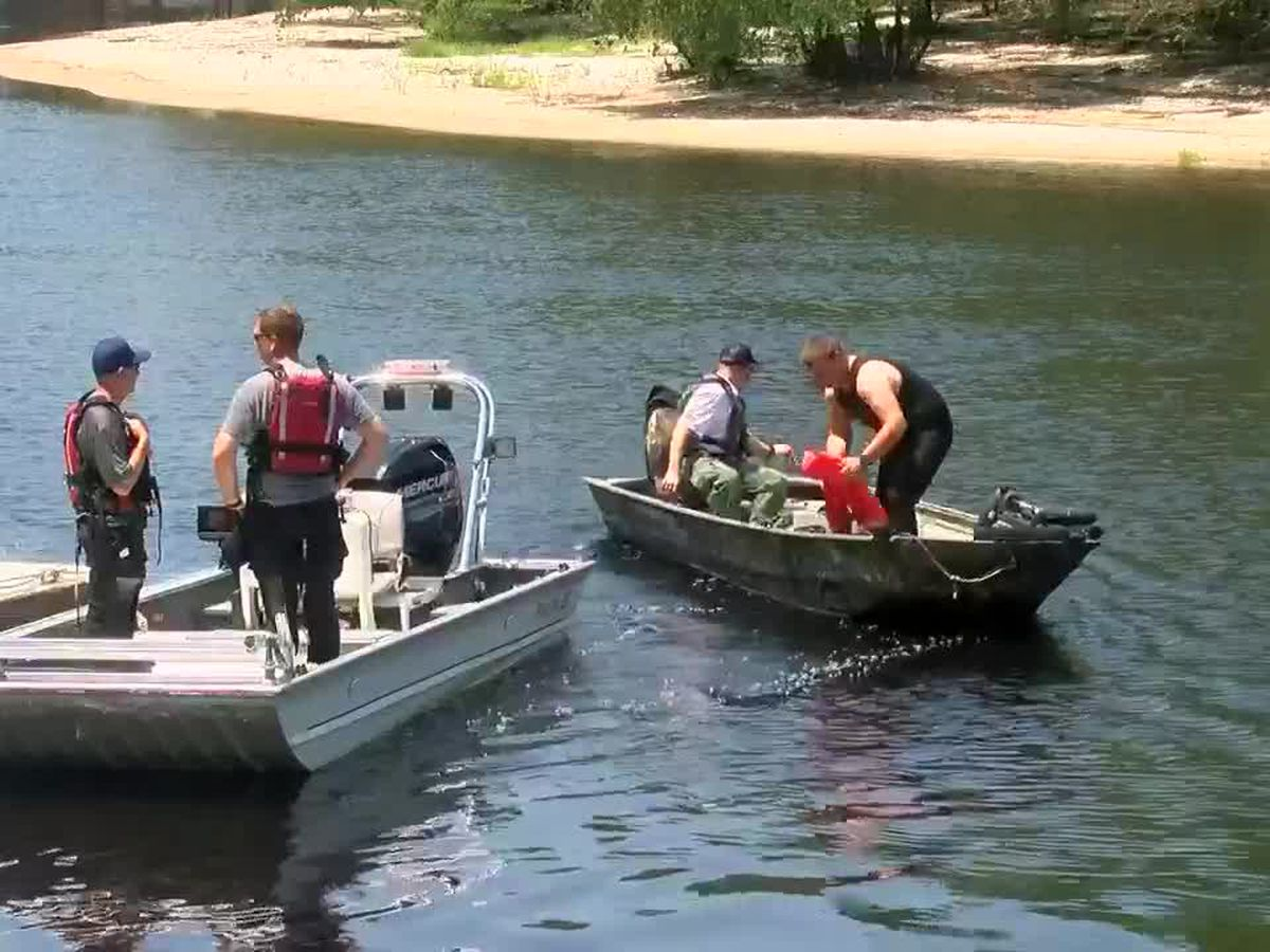 Coroner identifies body found in Lumber River as missing swimmer