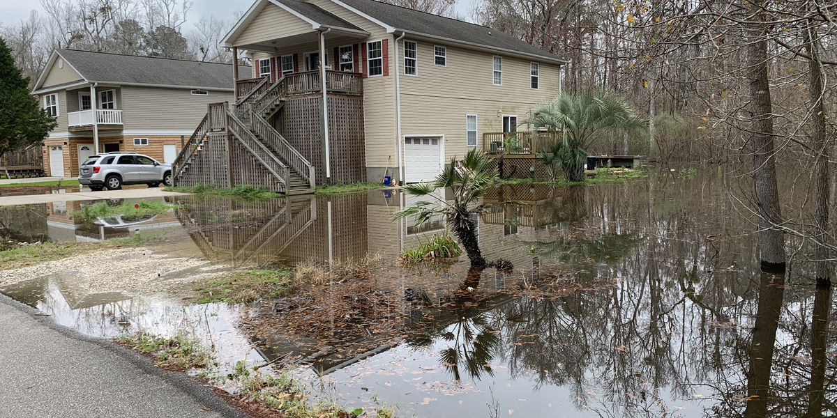 'It's frustrating': Rising river levels lead to flooding, headaches in Socastee area
