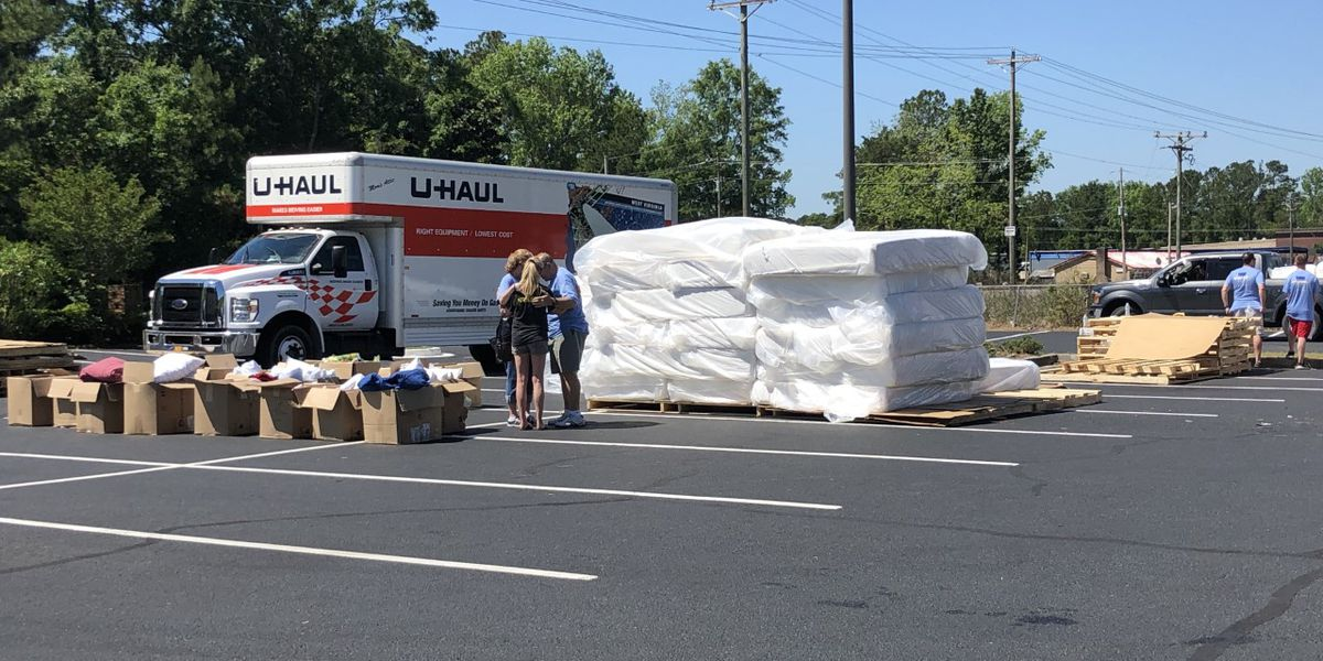 Myrtle Beach group donates 200 mattresses to families impacted by Hurricane Florence flooding