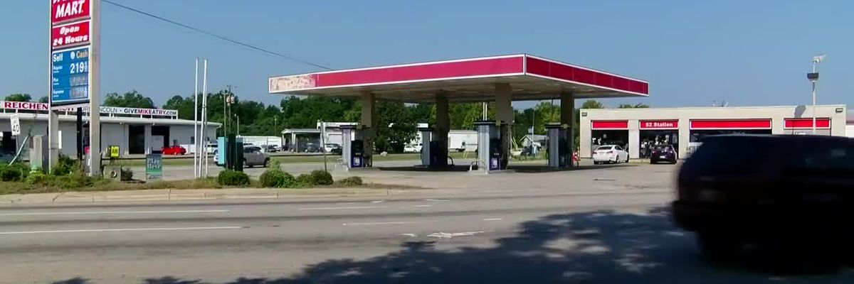 Man found fatally shot near Florence convenience store