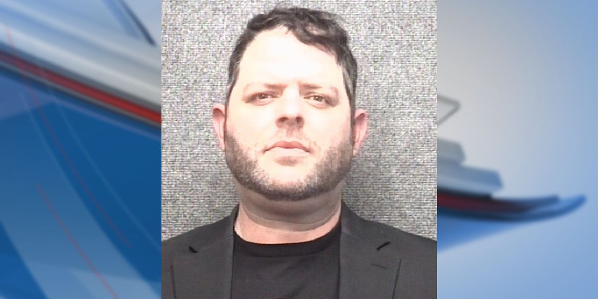 Man accused of assaulting waiter, walking out on tab by pair of Market Common businesses