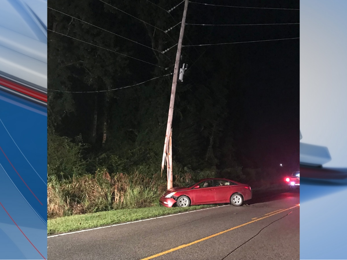 HCFR: Four hurt after crash crashes into utility pole in Loris