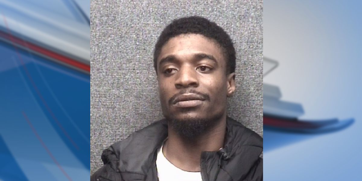 MBPD: Man hit and choked pregnant girlfriend in front of their child