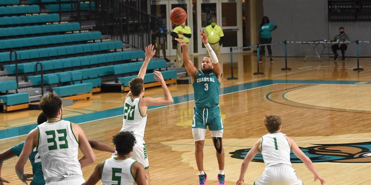 Jones leads Coastal Carolina past Greensboro