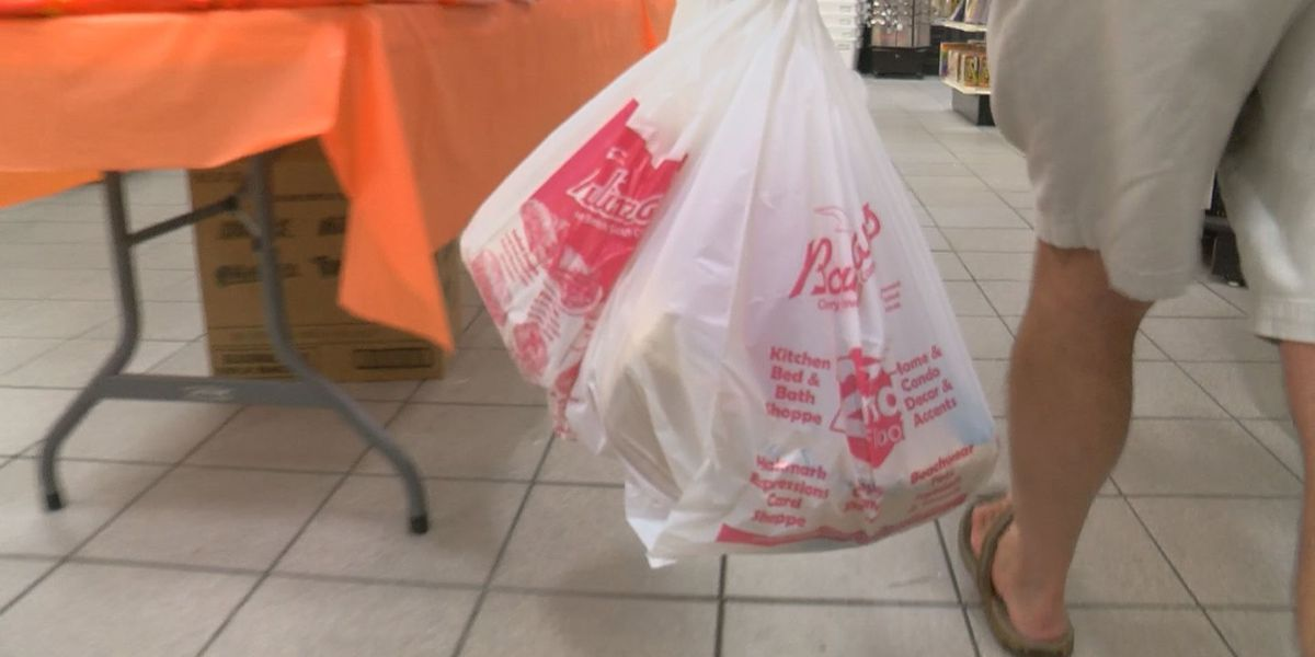 North Strand shoppers stock up on last-minute supplies before Dorian's arrival