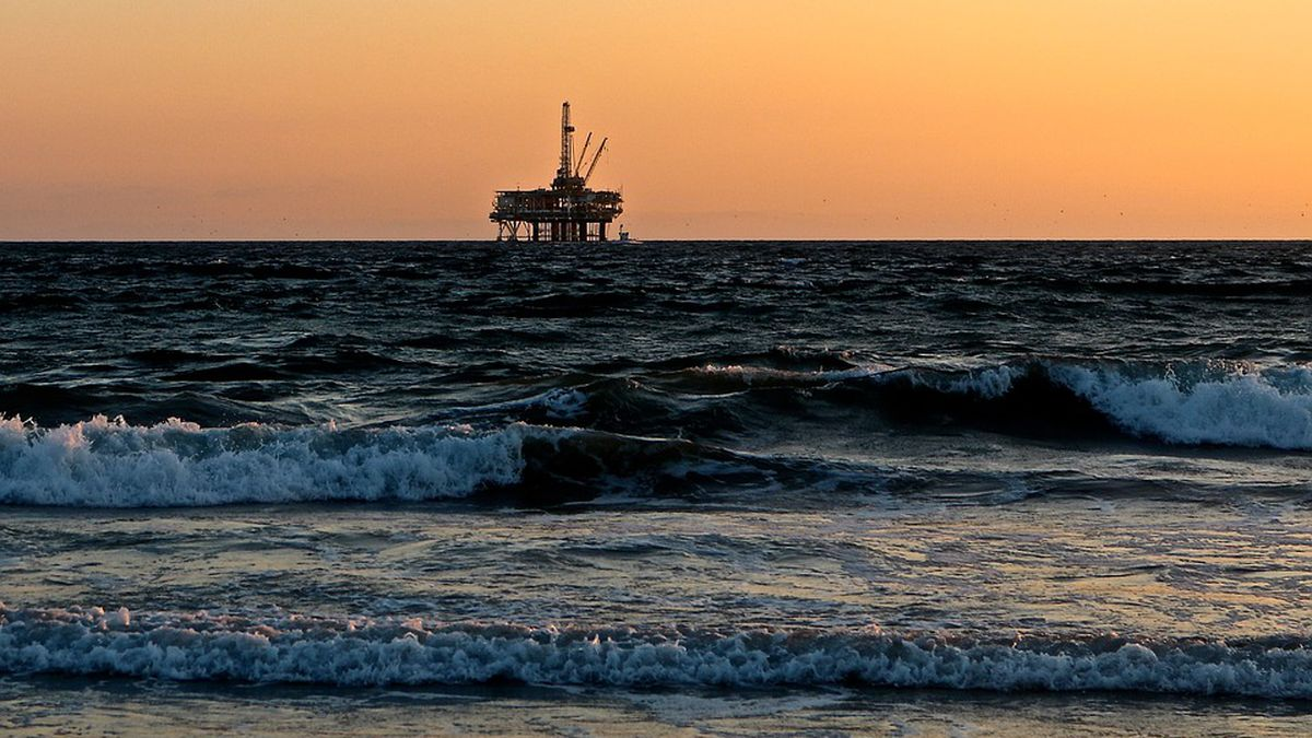 Pre-filed bill aims to ban offshore drilling for good from S.C. coast