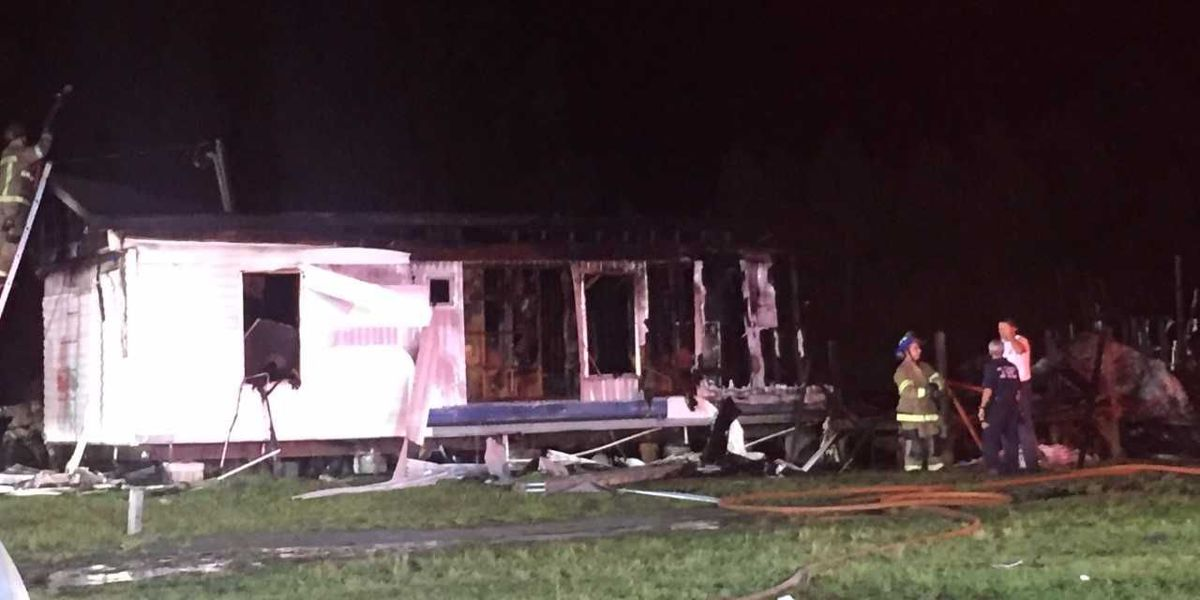 Five safe after Loris mobile home fire, firefighter received minor injuries