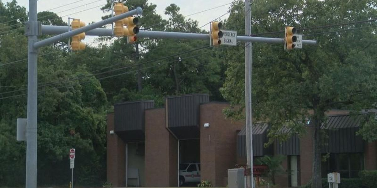 New traffic light on Kings Highway will help safety