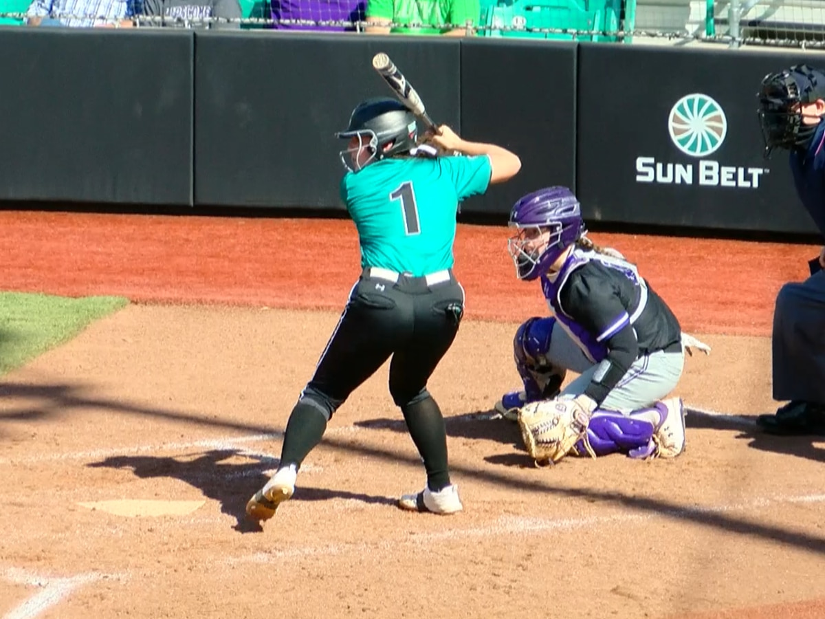CCU Softball takes two In doubleheader against Lipscomb