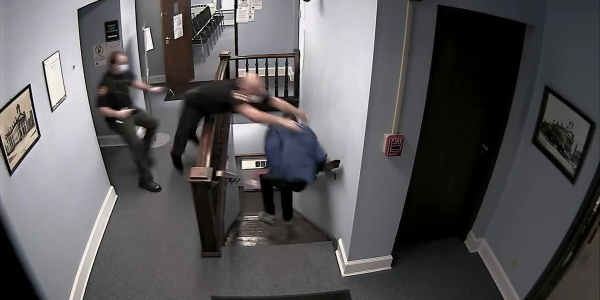 Bailiff makes leaping effort to catch courtroom escapee